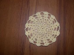 Stacked Shells Mini-Doily