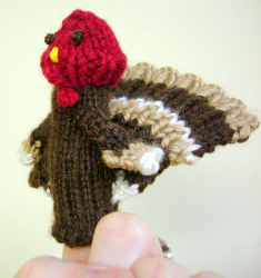 Turkey Finger Puppet AllFreeKnitting.com