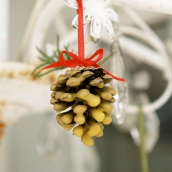 Wax-Dipped Pine Cone Ornaments
