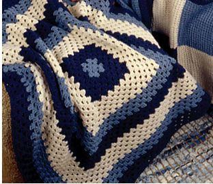 Crocheted Granny Lapghan Allfreecrochetafghanpatternscom