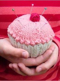 Cupcake Pincushion | AllFreeKnitting.com