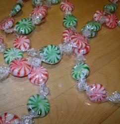 Christmas Candy Garland Allfreechristmascrafts Com