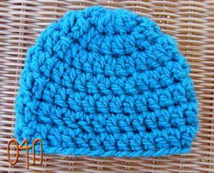 Bulky weight yarn is needed for this basic chunky newborn beanie. This is  an easy crochet pattern that is perfect for that newborn to keep her head  nice and ... d54b77c69ab