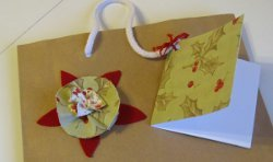 Festive Fabric Bows and Gift Tags