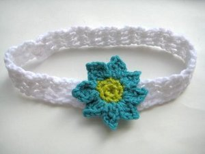 Baby Headband With Flowers Allfreecrochet Com