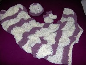 Boucle/Terry Blankie, Hat and Booties