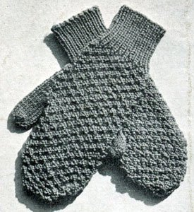 Knitting Pattern For Children s Mittens On Two Needles : Womens Norwegian Mittens AllFreeKnitting.com