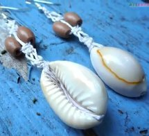 Cowrie Shell Hemp Earrings