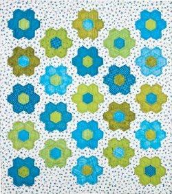 No Fuss Grandmother S Flower Garden Quilt Favequilts Com