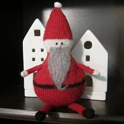 Knit Roly Poly Santa Doll