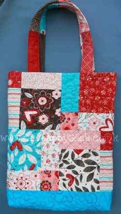 Magic Nine Patch Quilted Tote Favequilts Com