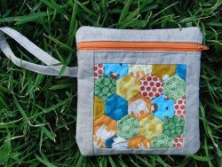 Hexie Zipper Pouch