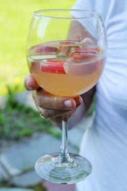 Strawberry Rhubarb Sangria | AllFreeCopycatRecipes.com