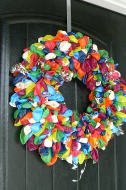 Balloons And Streamers Birthday Wreath