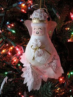 Recycled Light Bulb Angel Ornament Allfreeholidaycrafts Com