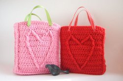 Cable Heart Gift Bag