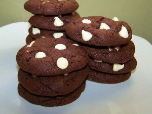 Giant Chocolate Cloud Cookies | FaveHealthyRecipes.com