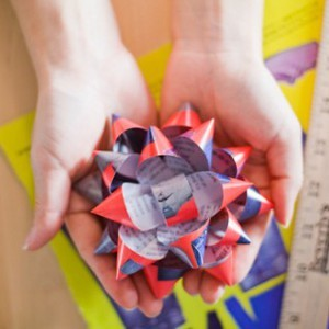 Recycled Magazines Bow
