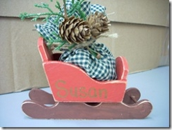 Wood Sleigh Party Favor