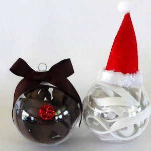 Super Simple Santa and Rudolph Ornaments