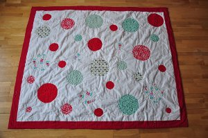 A Dotty Christmas Quilt Pattern