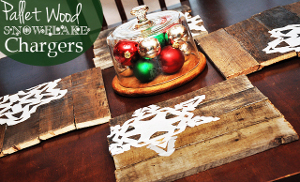 Pallet Wood Snowflake Table Chargers