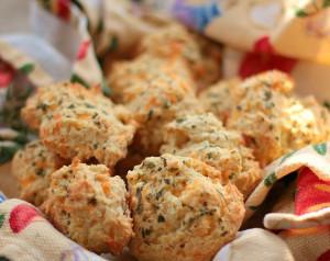 Buttermilk Garlic Cheddar Biscuits