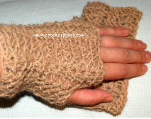 Fingerless Shell Gloves