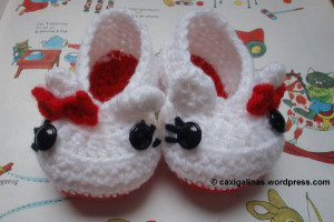 Hello Kitty Baby Booties