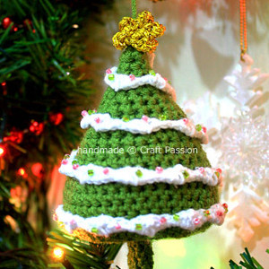 Crazy Cute Crochet Christmas Tree Ornament Allfreeholidaycrafts Com