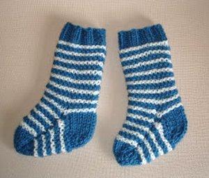 Two Needle Baby Socks Allfreeknitting Com