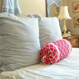 3 Hour Diy Bolster Pillow Allfreesewing Com