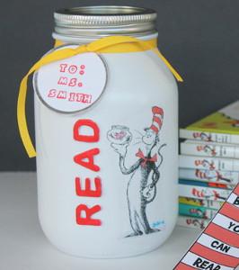 Dr Seuss Teacher Gift Allfreeholidaycrafts Com