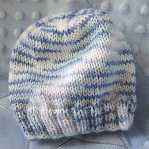 The Breezy Baby Beanie is a great basic to have on hand whenever you find  yourself knitting for a tiny little one. This easy and adorable baby hat  pattern ... 03bae00822c