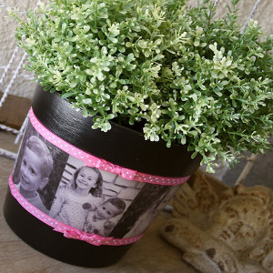Mom's Favorite Memories Flower Pot