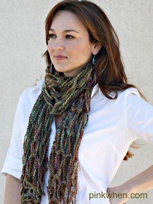 Diy Arm Knitting Infinity Scarf Allfreeknitting Com