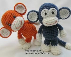 Tiny doll hooded sweater crochet - YouTube | 239x300