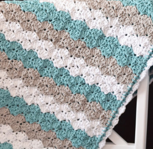 Easy Crochet Baby Blanket Shell Pattern : 30+ Quick and Easy Crochet Baby Blanket Patterns ...