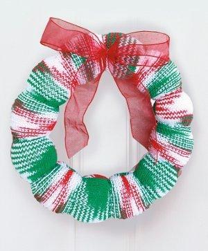 Season S Greetings Wreath Allfreeknitting Com