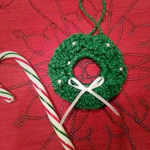 Tiny Tim Christmas Wreath Ornament Allfreecrochet Com