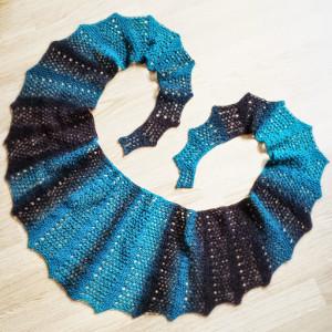 Knit A Scarf Patterns : Seifenblasen Lace Scarf AllFreeKnitting.com