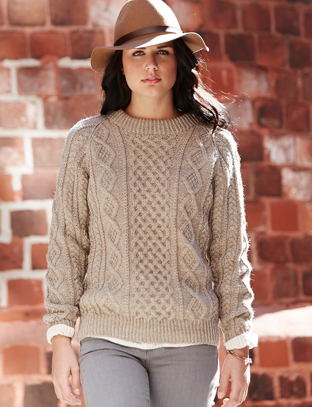 Knitting Pattern Ladies Cable Jumper : Oats and Honeycomb Cabled Pullover AllFreeKnitting.com