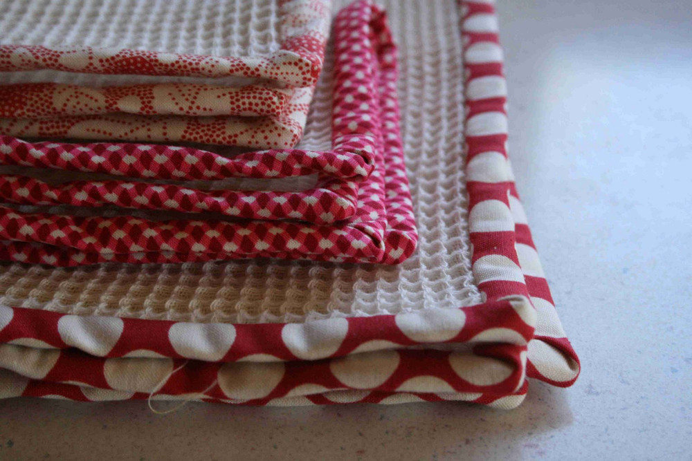 Dish towels and cloths - Free embroidery designs for kitchen towels ...