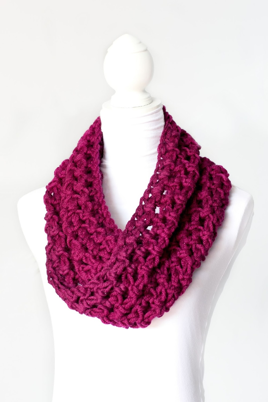 Free Crochet Pattern Chunky Cowl : Chunky Crochet Cowl AllFreeCrochet.com