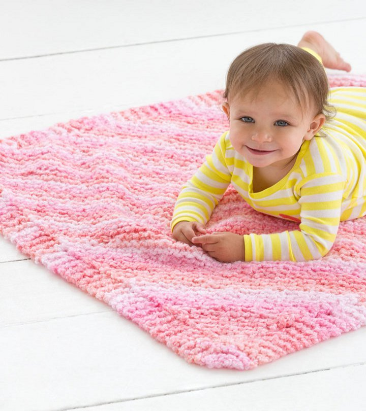 Cuddle Bug Baby Blanket   AllFreeKnitting.com