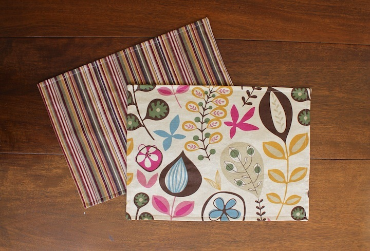 DIY Double-Sided Placemats AllFreeSewing.com