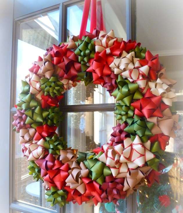 Completely Cute Homemade Bow Wreath   AllFreeHolidayCrafts.com