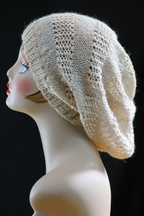 Knitting Pattern Hat Cast On : Super Slouch Hat AllFreeKnitting.com