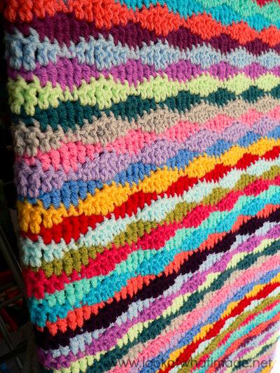 Free Crochet Thermal Blanket Pattern  : Lazy Waves Crochet Blanket Pattern ...