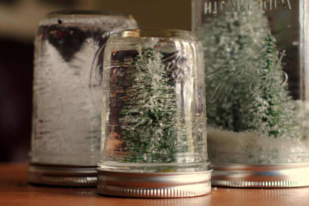 Oh christmas tree mason jars for Diy christmas crafts with mason jars
